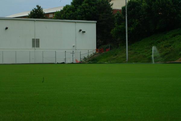 baujan-field-turf-install-2003-05-25_11