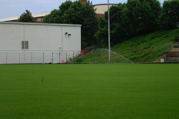 baujan-field-turf-install-2003-05-25_12