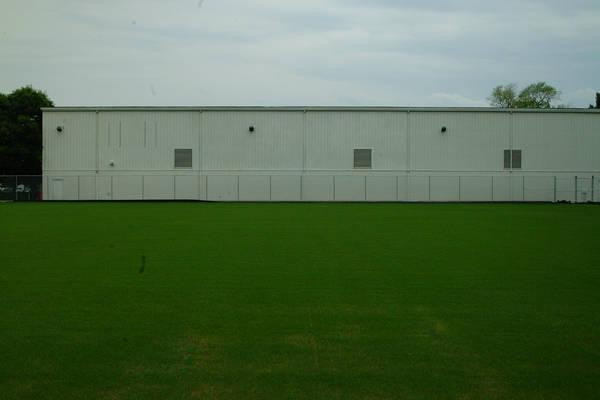 baujan-field-turf-install-2003-05-25_13