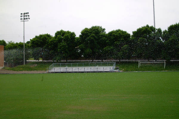 baujan-field-turf-install-2003-05-25_28