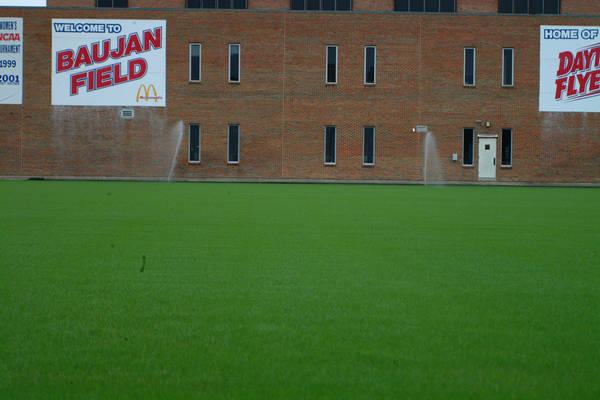 baujan-field-turf-install-2003-05-25_38