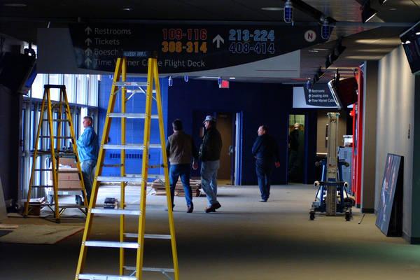 arena-renovations-2002-10-29_08