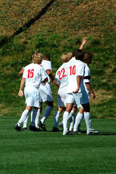 ud-mens-soccer-general-2003-11-08_004