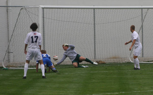 ud-mens-soccer-general-2006-09-04_021