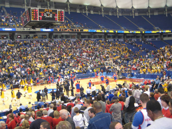 ncaa-minneapolis-2009-03-23_054