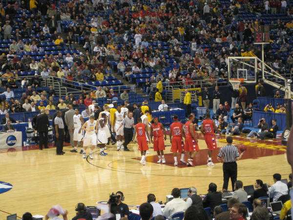 ncaa-minneapolis-2009-03-23_093