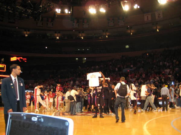 NIT-Finals-2010-04-01-127
