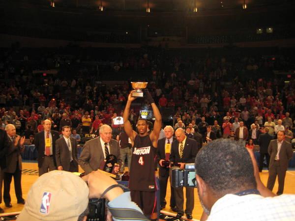 NIT-Finals-2010-04-01-141