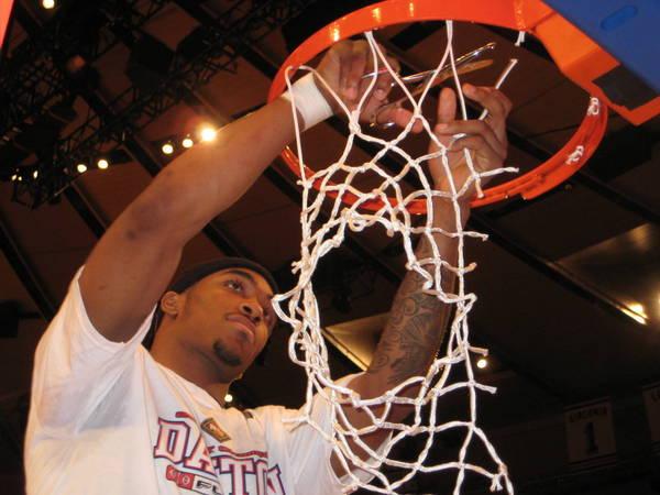 NIT-Finals-2010-04-01-172